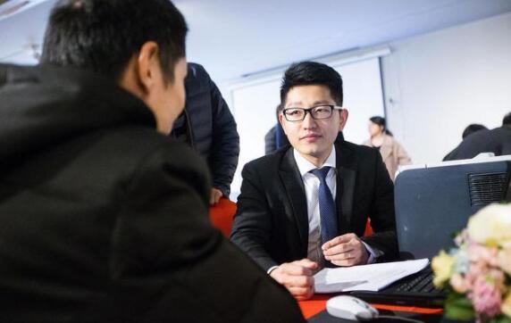 如何做一个合格的房产中介老板?